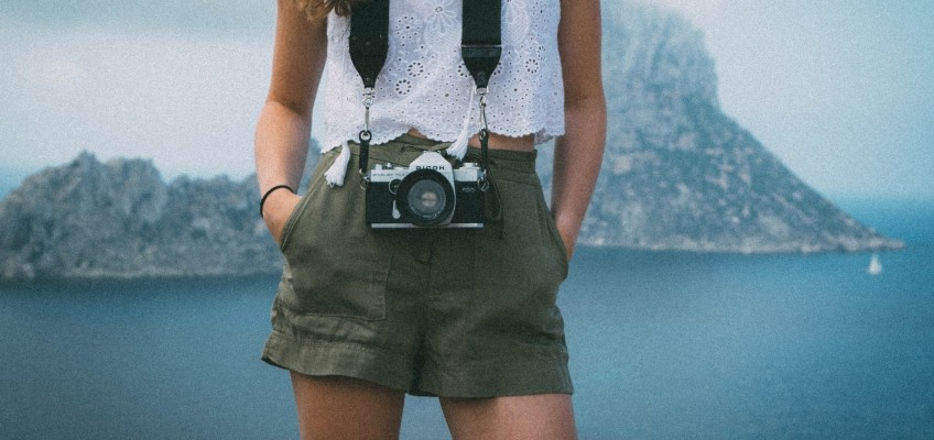 Využijte letních slev při nákupu oblečení