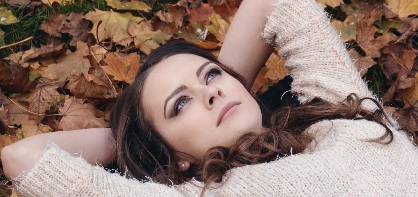 Podzimní look: Jak vybrat ten správný účes?