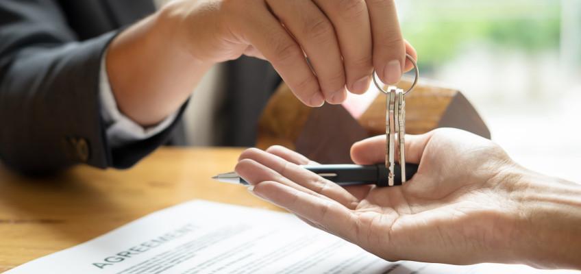 Realitní makléř bývá často rizikovým článkem řetězu při koupi nemovitosti