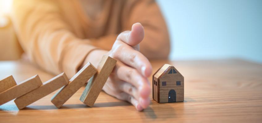 Koupě nemovitosti na vlastní pěst je riziková, odborníci nás mohou ochránit před možnými nástrahami