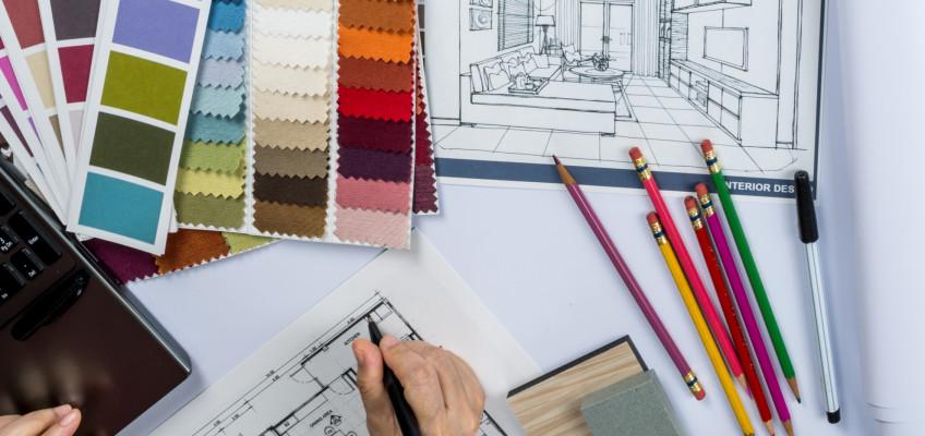 Interiérový designér vám při zařizování nového bydlení může v mnoha ohledech usnadnit život