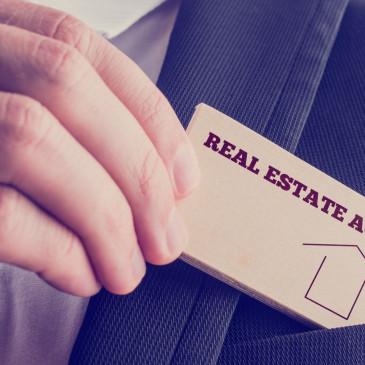 Proč lidé nedůvěřují realitním kancelářím aneb je řešením koupě či prodej na vlastní pěst?