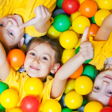 Dnešní generace dětí je mnohem více moderní. Držíme snimi však krok, říká představitel Fešáka Pína