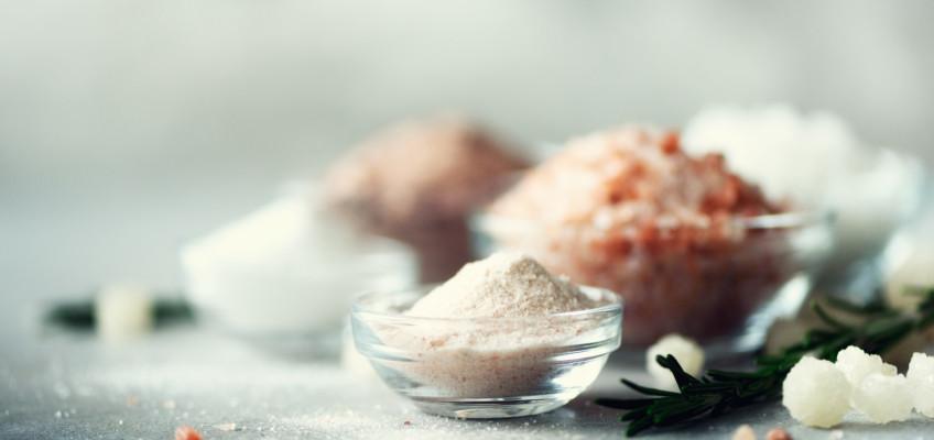 Udělejte svým blízkým radost pečující kosmetikou s výtažky z Mrtvého moře