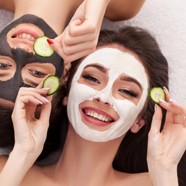 Připravte pleť na jaro s kosmetikou s výtažky z Mrtvého moře