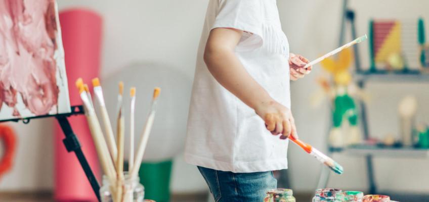 Letní prázdniny jsou v plném proudu. Jak zabavit děti, když vy musíte pracovat?
