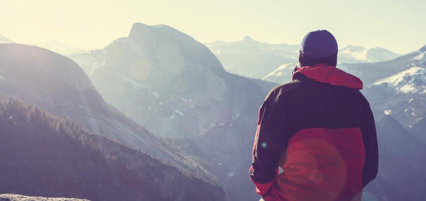 Vysokohorská turistika letos láká o poznání více nadšenců. Na co nesmíte zapomenout?